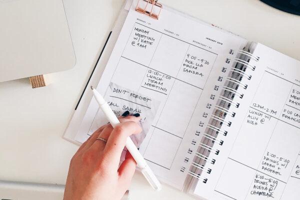 Examen CUERPO AUXILIAR administrativ